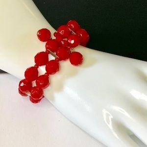 🍒 Vtg Vibrant Red Glass Bead Wire Bracelet 🍒